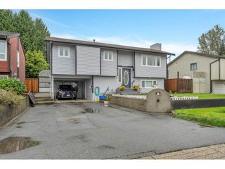 Photo 1: 5139 206 Street in Langley: Langley City House for sale : MLS®# R2509737