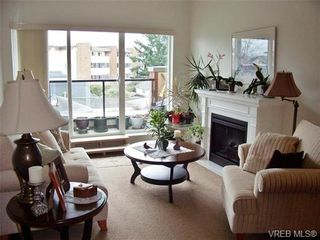 Photo 2: 305 2380 Brethour Ave in SIDNEY: Si Sidney North-East Condo for sale (Sidney)  : MLS®# 685203