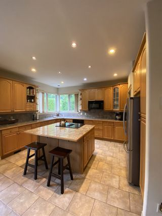 """Photo 13: 1002 PANORAMA Place in Squamish: Hospital Hill House for sale in """"Hospital Hill"""" : MLS®# R2502183"""