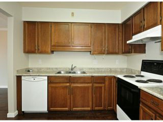 """Photo 4: 308 32040 TIMS Avenue in Abbotsford: Abbotsford West Condo for sale in """"MAPLEWOOD MANOR"""" : MLS®# F1416479"""