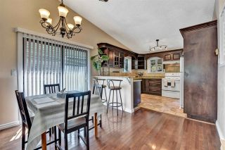 """Photo 5: 10133 147A Street in Surrey: Guildford House for sale in """"GREEN TIMBERS"""" (North Surrey)  : MLS®# R2591161"""