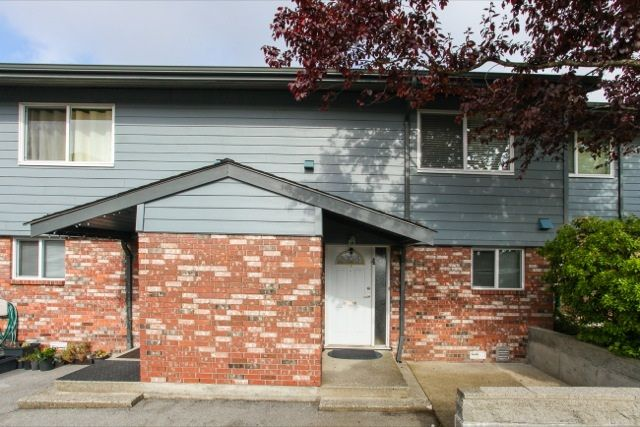 Main Photo: 4 10736 Guildford Drive in Surrey: Guildford Townhouse for sale (North Surrey)  : MLS®# R2062426