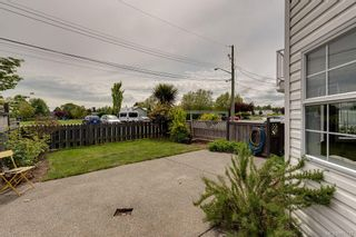 Photo 5: 2344 Ocean Ave in : Si Sidney South-East House for sale (Sidney)  : MLS®# 875742