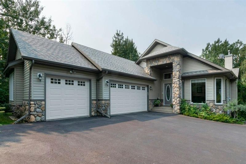 FEATURED LISTING: 292 Jarvis Glen Way Jarvis Bay