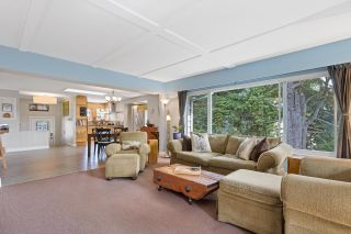"""Photo 4: 1017 SHAKESPEARE Avenue in North Vancouver: Lynn Valley House for sale in """"Lynn Valley - Poet's Corner"""" : MLS®# R2617464"""