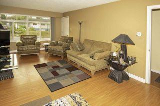 """Photo 3: 6489 IMPERIAL Street in Burnaby: Upper Deer Lake 1/2 Duplex for sale in """"UPPER DEER LAKE"""" (Burnaby South)  : MLS®# R2567317"""