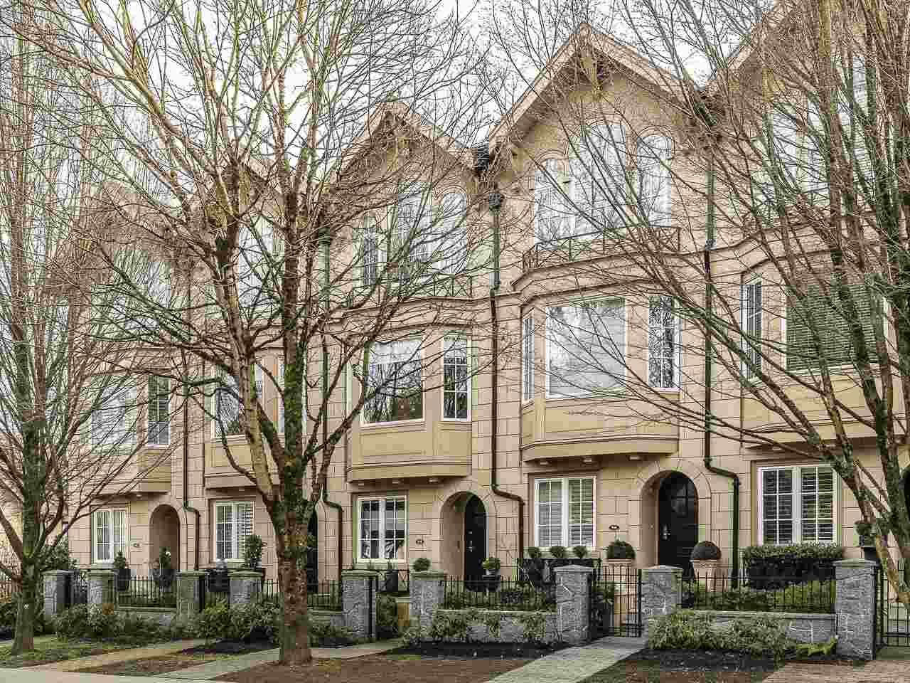 """Main Photo: 908 W 13TH Avenue in Vancouver: Fairview VW Townhouse for sale in """"Brownstone"""" (Vancouver West)  : MLS®# R2546994"""