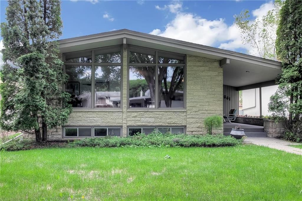 Main Photo: 861 Brock Street in Winnipeg: Single Family Detached for sale (1D)  : MLS®# 202012684