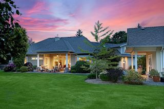 Photo 5: 1063 Kincora Lane in Comox: CV Comox Peninsula House for sale (Comox Valley)  : MLS®# 882013