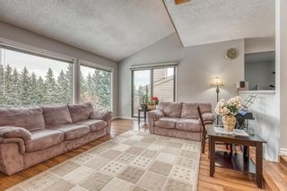 Photo 5: 10 Coach  Manor Rise SW in Calgary: Coach Hill Row/Townhouse for sale : MLS®# A1077472
