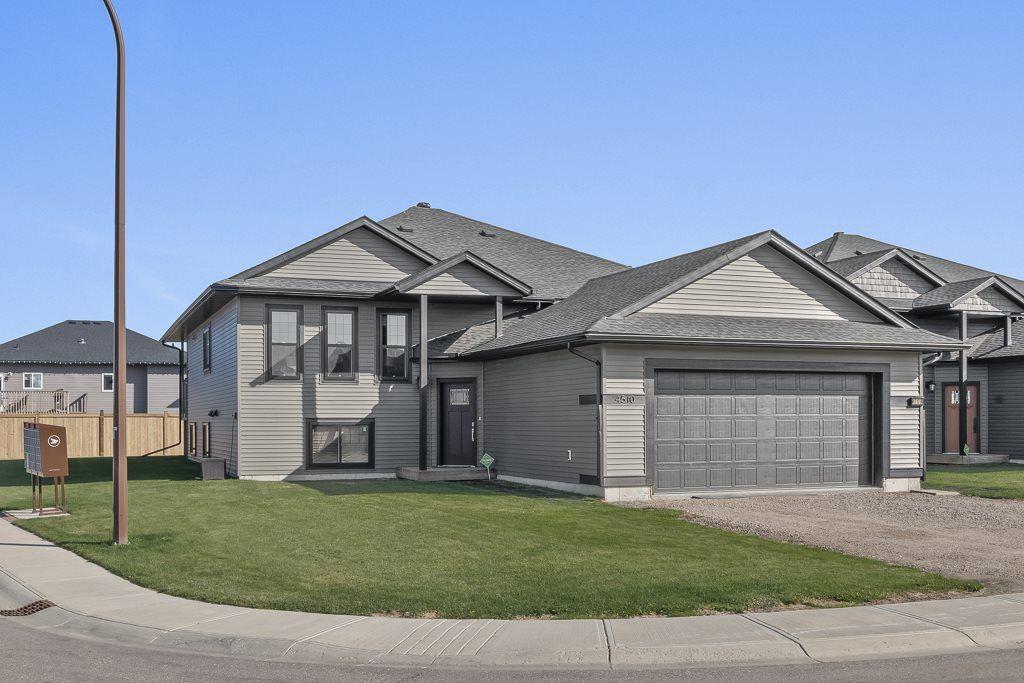 Main Photo: 4510 65 Avenue: Cold Lake House for sale : MLS®# E4144540