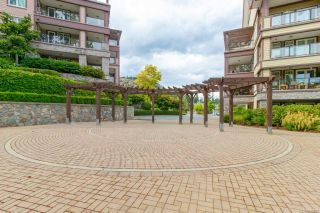 Photo 18: 304 1375 Bear Mountain Pkwy in : La Bear Mountain Condo for sale (Langford)  : MLS®# 859409
