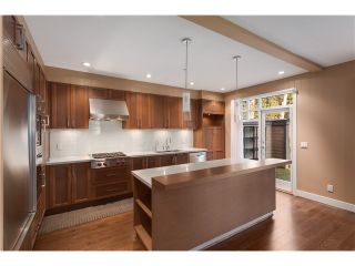 Photo 5: #22-555 Raven Woods Dr in North Vancouver: Roche Point Townhouse for sale : MLS®# V1101407
