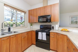 Photo 8: 132 710 Massie Dr in : La Langford Proper Row/Townhouse for sale (Langford)  : MLS®# 875992