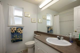 """Photo 17: 8688 207 Street in Langley: Walnut Grove House for sale in """"Discovery Towne"""" : MLS®# R2077292"""