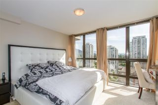"""Photo 10: 1804 2959 GLEN Drive in Coquitlam: North Coquitlam Condo for sale in """"The Parc"""" : MLS®# R2398572"""