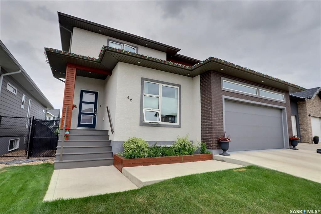 Main Photo: 46 Hinz Place in Prince Albert: Crescent Acres Residential for sale : MLS®# SK867436