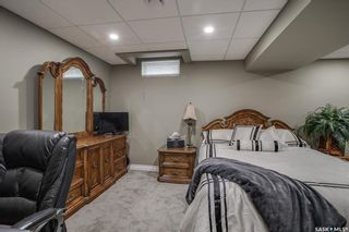 Photo 33: 327 Whiteswan Drive in Saskatoon: Lawson Heights Residential for sale : MLS®# SK870005