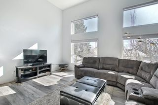 Photo 2: 246 Anderson Grove SW in Calgary: Cedarbrae Row/Townhouse for sale : MLS®# A1100307