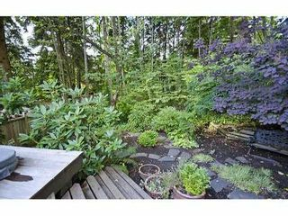 Photo 9: 5551 HUCKLEBERRY LN in North Vancouver: Grouse Woods House for sale : MLS®# V906922