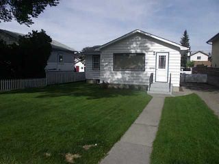 Photo 1: 1430 43 Street SW in CALGARY: Rosscarrock Residential Detached Single Family for sale (Calgary)  : MLS®# C3525905
