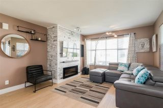"""Photo 2: 43 2450 HAWTHORNE Avenue in Port Coquitlam: Central Pt Coquitlam Townhouse for sale in """"COUNTRY PARK ESTATES"""" : MLS®# R2461060"""