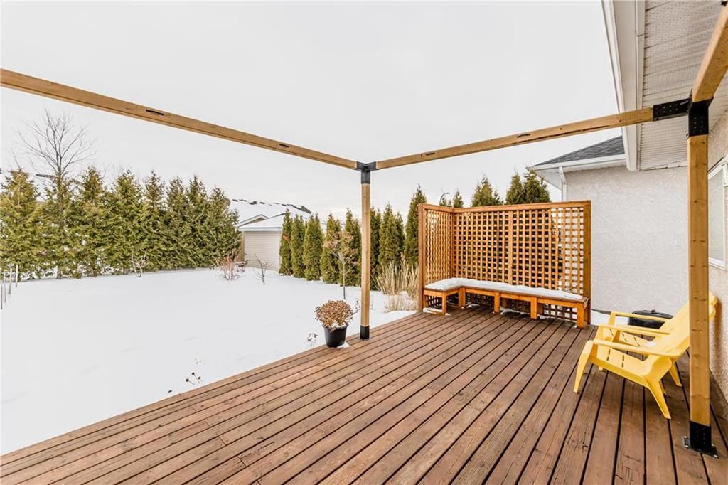 Photo 31: Photos: 6 AVONDALE Crescent in Steinbach: R16 Residential for sale : MLS®# 202100399