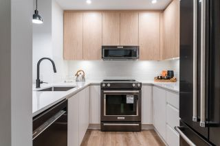 """Photo 8: 415D 2180 KELLY Avenue in Port Coquitlam: Central Pt Coquitlam Condo for sale in """"Montrose Square"""" : MLS®# R2538522"""