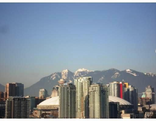 """Main Photo: 802 2055 YUKON Street in Vancouver: Mount Pleasant VW Condo for sale in """"MONTREUX"""" (Vancouver West)  : MLS®# V731923"""