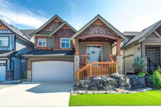 Photo 1: 32642 TUNBRIDGE AVENUE in Mission: Mission BC House for sale : MLS®# R2601170