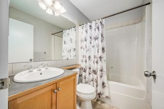 Photo 18: 484 Prestwick Circle SE in Calgary: McKenzie Towne Detached for sale : MLS®# A1101425