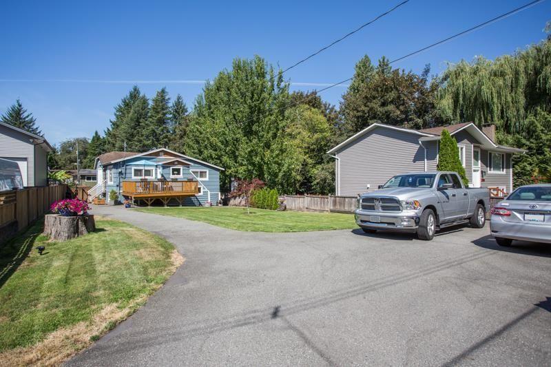 Main Photo: 11641 212 Street in Maple Ridge: Southwest Maple Ridge House for sale : MLS®# R2607280