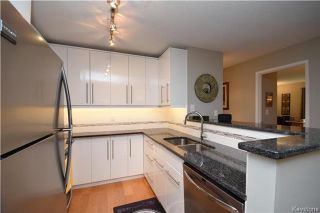 Photo 7: 122 Portsmouth Boulevard in Winnipeg: Tuxedo Condominium for sale (1E)  : MLS®# 1723061