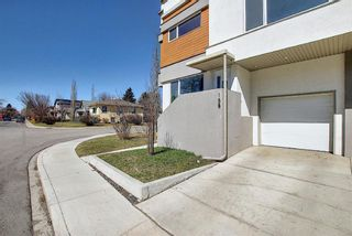 Photo 33: 158 23 Avenue NW in Calgary: Tuxedo Park Row/Townhouse for sale : MLS®# A1094441