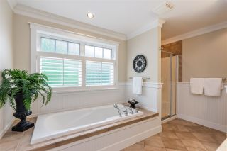 """Photo 23: 2411 125 Street in Surrey: Crescent Bch Ocean Pk. House for sale in """"CRESCENT HEIGHTS"""" (South Surrey White Rock)  : MLS®# R2499568"""