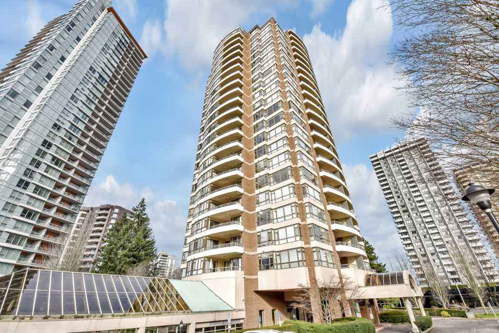 """Main Photo: 1204 5885 OLIVE Avenue in Burnaby: Metrotown Condo for sale in """"THE METROPOLITAN"""" (Burnaby South)  : MLS®# R2532842"""