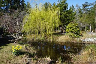 Photo 2: 979 Thunder Rd in Cortes Island: Isl Cortes Island House for sale (Islands)  : MLS®# 878691
