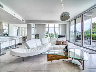 """Photo 7: 305 6093 IONA Drive in Vancouver: University VW Condo for sale in """"Coast"""" (Vancouver West)  : MLS®# R2489520"""