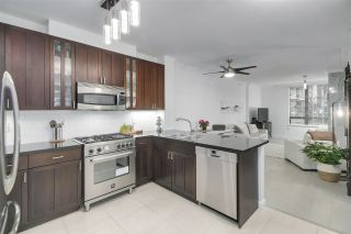 """Photo 12: 210 170 W 1ST Street in North Vancouver: Lower Lonsdale Condo for sale in """"ONE PARK LANE"""" : MLS®# R2535105"""