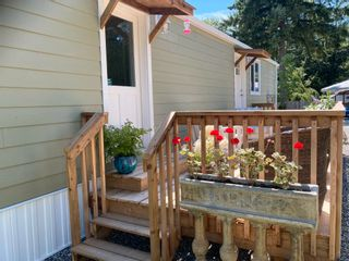 """Photo 22: 177 1413 SUNSHINE COAST Highway in Gibsons: Gibsons & Area Manufactured Home for sale in """"THE POPLARS"""" (Sunshine Coast)  : MLS®# R2604177"""