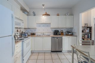 """Photo 11: 406 34101 OLD YALE Road in Abbotsford: Central Abbotsford Condo for sale in """"Yale Terrace"""" : MLS®# R2505072"""