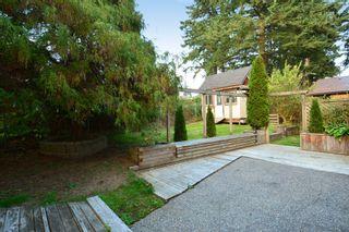 "Photo 32: 12363 NEW MCLELLAN Road in Surrey: Panorama Ridge House for sale in ""Panorama Ridge"" : MLS®# F1424205"