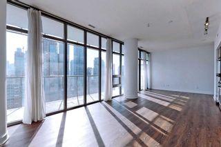 Photo 5: 2203 33 E Charles Street in Toronto: Church-Yonge Corridor Condo for lease (Toronto C08)  : MLS®# C4983052