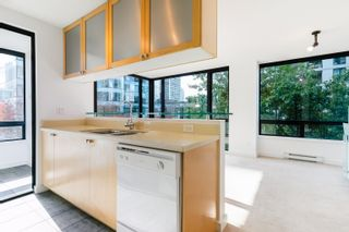 """Photo 14: 504 1003 BURNABY Street in Vancouver: West End VW Condo for sale in """"MILANO"""" (Vancouver West)  : MLS®# R2623548"""