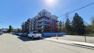 "Photo 2: 409 5485 BRYDON Crescent in Langley: Langley City Condo for sale in ""THE WESLEY"" : MLS®# R2564716"