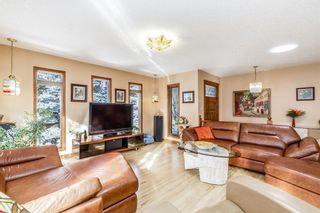 Photo 6: 136 Fairview Crescent SE in Calgary: Fairview Detached for sale : MLS®# A1073972