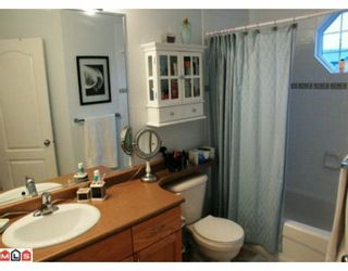 """Photo 5: 117 33751 7TH Avenue in Mission: Mission BC Townhouse for sale in """"HERITAGE PARK"""" : MLS®# F1003770"""