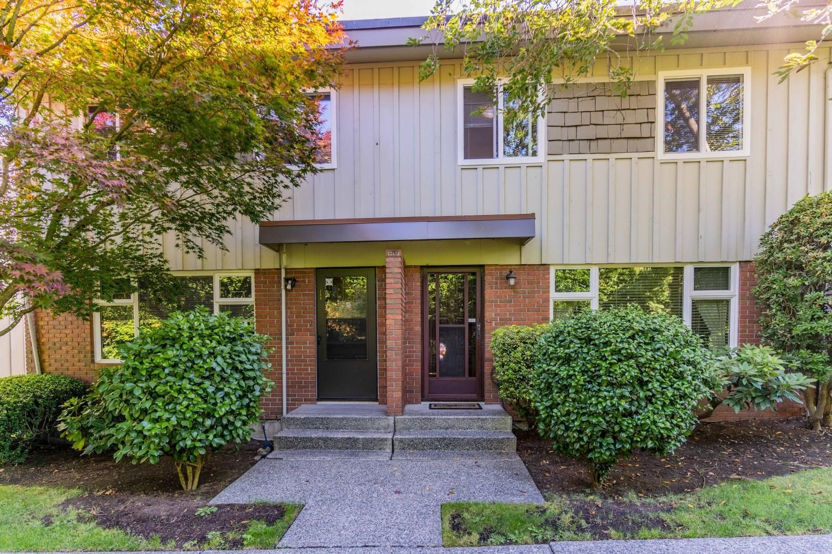 """Main Photo: 113 9061 HORNE Street in Burnaby: Government Road Townhouse for sale in """"BRAEMAR GARDENS"""" (Burnaby North)  : MLS®# R2615216"""