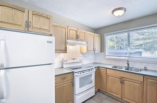 Photo 9: 91 Chancellor Way NW in Calgary: Cambrian Heights Detached for sale : MLS®# A1119930