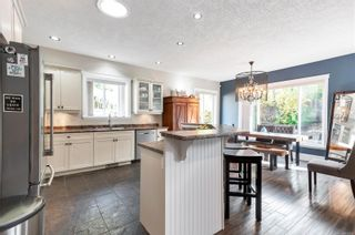 Photo 2: 571 Edgewood Dr in : CR Campbell River Central House for sale (Campbell River)  : MLS®# 859423